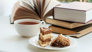 Books tea and cake